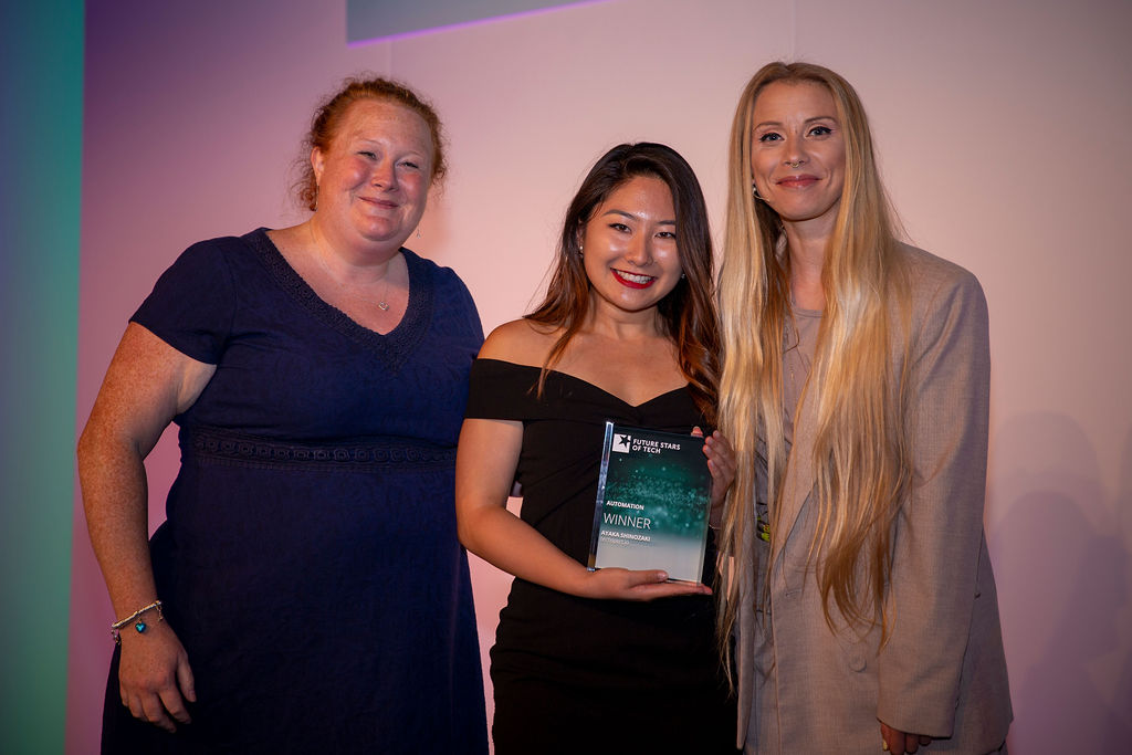 Ayaka (middle) with her Future Star Award pictured with Dr Kathryn O'Donnell (left) and Julia Hardy (right). Image source: Future Stars of Tech